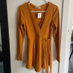 Urban Outfitter orange wrap dress romper for fall (small)